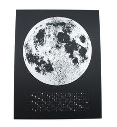 Love that this calender also duos as a moon calendar. Perfect for moon watching lovers.