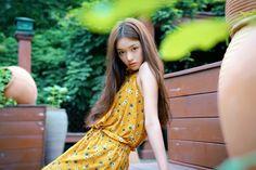 Actress Lin Yun poses for fashion shots Most Beautiful Faces, Beautiful People, Pretty Females, Poses For Photos, Chinese Actress, Fashion Shoot, Asian Fashion, Asian Woman, Asian Beauty