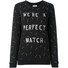 Sweatshirt mit aufgestickten Streichhölzern, von Zoe Karssen