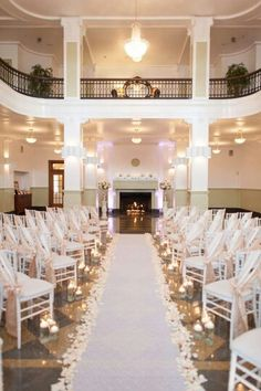 LOVE this angled ceremony set up! Everyone can see!.
