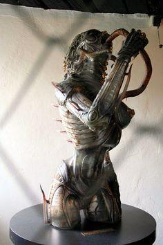 Ганс Руди Гигер: Sil sculpture2