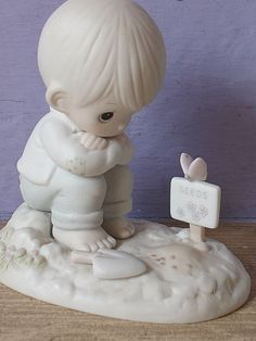 vintage Precious Moments figurine In His Time, cedar tree mark, boy gardener, religious figurine, nursery bedroom decor Precious Moments Quotes, Precious Moments Figurines, Apple Head Dolls, In His Time, Life Is Precious, Cedar Trees, Kittens Cutest, Ceramic Art, Girly Things