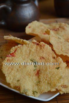 Opak recipe from Diah Didi's Kitchen: *Kerupuk Sermier*... Buatan Sendiri..Enakk..^^
