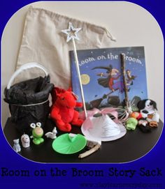 Play & Learn Everyday: Room on the Broom Story Sack