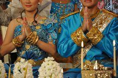 Khmer Wedding by Elle1star, via Flickr