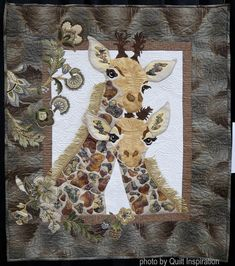 Mother and Baby Giraffe by Barbara Renoux. Photo by Quilt Inspiration: Highlights of Quilt Arizona Pattern by Toni Whitney. Easy Quilt Patterns, Applique Patterns, Sewing Patterns, Lattice Quilt, Pineapple Quilt, Easy Quilts, Jellyroll Quilts, Kaleidoscope Quilt, Medallion Quilt