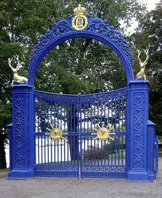 Blå Porten — the Blue Gate — at Djurgården, Stockholm. Portal, Kingdom Of Sweden, Make A Door, My Kind Of Town, Stockholm Sweden, Most Beautiful Cities, Exterior Doors, Park City, Oh The Places You'll Go