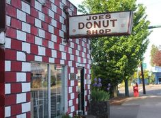 Mt. Hood Pit Stops Growler bars, cronut shops and fueling stations near Hood.