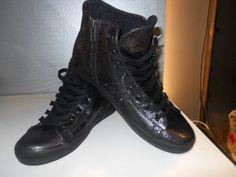 http://www.blueexpressfamily.com/blog/?p=2065 #leathercrown #blueexpress #blueexpressfamily #shoe #shoes #scarpa #scarpe #sneaker #kicks #instakicks #soleonfire #tagsta_fashion #swag #tagsta #style #negozio #negozi #abbigliamento #accessori