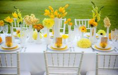 Brighten up your table with brilliant yellows