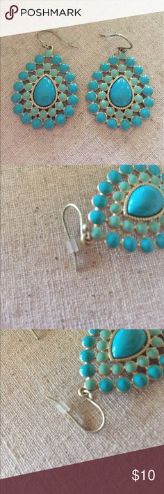Stella & Dot Turquoise Charlize Earrings Beautiful Stella & Dot Turquoise Charlize Earrings worn only once. Minor wear on the hook but not actual earring. Stella & Dot Jewelry Earrings