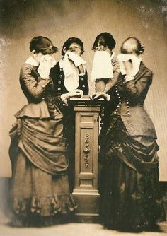 """ In mourning "" .. via Victorian Mourning FB page, via Steampunk FB page https://www.facebook.com/photo.php?fbid=10151339763070563=a.281324060562.153707.273627150562=1"