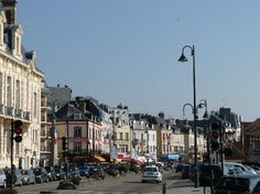 Trouville-sur-Mer, France: Le centre-ville