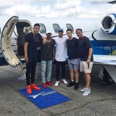 Coach Calipari will chaperone Devin Booker, Tyler Ulis, and Brad Calipari at the Drake concert in Toronto. #BBN
