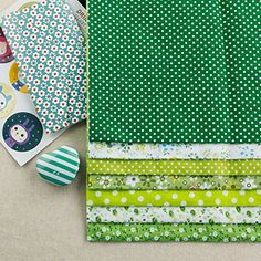 Green Color Cotton Fabric Squares DIY Including Series 7 Assorted Pre Cut Charm Quilt Size 50cmx50cm Worldcom Generic http://www.amazon.com/dp/B00YS4OX0W/ref=cm_sw_r_pi_dp_zs5bxb0DJW2XF