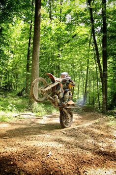 All about dirt bikes Enduro Motocross, Enduro Motorcycle, Girl Motorcycle, Motorcycle Quotes, Freestyle Motocross, Bike Freestyle, Bike Stickers, Hummer, Ride Out