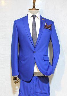 http://urun.n11.com/takim-elbise/victor-baron-yeni-sezon-slim-fit-takim-elbise-P105806458