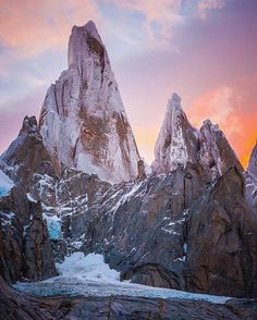 Comparateur de voyages http://www.hotels-live.com : : @timkemple The impressive Cerro Torre spire in Argentine Patagonia its summit covered in rime ice year around has one of the richest climbing histories of any peak in South America or in the world. At one time not so long ago a multi-day siege was used to summit this peak but just this past year @colinhaley1 and @alexhonnold climbed this whole skyline (The Torre Traverse) in less than 24 hours. Hows that for some inspiration to kick off…