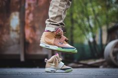 nike ar yeezy 2 net customs maggi 1 Nike Air Yeezy 2 Net Customs by Maggi