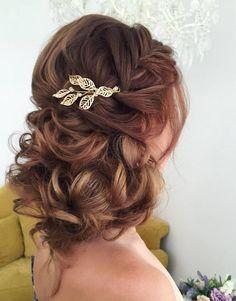 Elstile wedding hairstyles for long hair 29 - Deer Pearl Flowers / http://www.deerpearlflowers.com/wedding-hairstyle-inspiration/elstile-wedding-hairstyles-for-long-hair-29/