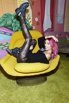 #ChloeNorgaard in the Sleek Cat Legging (http://www.nastygal.com/dont-miss-weighty-80/sleek-cat-legging)