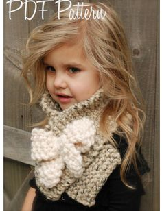 Maglia sciarpa di Bowlynn PATTERN-The (infante, bambino, adulto) Mütze aus Samt Knitting PATTERN-The Bowlynn Scarf (Toddler, Child, Adult sizes) Knitting For Kids, Crochet For Kids, Knitting Projects, Baby Knitting, Crochet Projects, Toddler Knitting Patterns Free, Velvet Acorn, Crochet Scarves, Knit Crochet