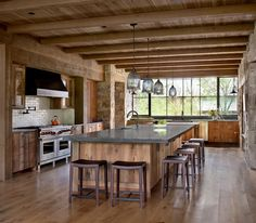 Rustic French Country, Rustic Style, Rustic Contemporary, Modern Rustic, Farm Shed, Beautiful Homes, Ranch, Construction, Interior Design