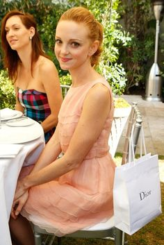I don't think I'll ever be able to resist a doll faced redhead - Jayma Mays