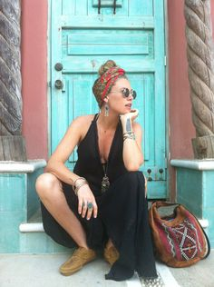 How do I get a Hippie Style Makeover - Dreads & Hairstyles and Fashion Tr . - Beste Men Ideen - How to get a hippie style makeover – dreads & hairstyles and fashion trends – # get - Look Boho, Bohemian Style, Boho Chic, Bohemian Dresses, Mode Hippie, Hippie Chic, Beach Hippie, Gossip Girl Serie, Look Fashion
