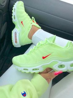 Air Max Sneakers, Sneakers Nike, Nike Models, Hype Shoes, Everyday Shoes, Nike Air Max Plus, Nike Shox, Sneakers Fashion, Gym Bags
