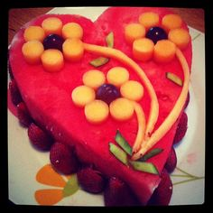 gorgeous fruit cake from Lisellie Designs                                                                                                                                                      More