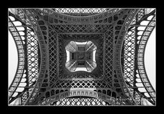 FRANCE - Paris - Eiffel tower