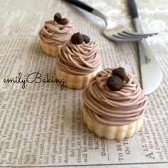 Cookie Recipes, Dessert Recipes, Cap Cake, Kolaci I Torte, Individual Cakes, No Cook Desserts, Cookies, Cupcake Cakes, Peanut Butter