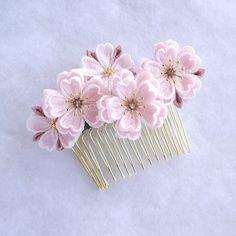 桜の髪飾り 【6cmコーム】rose |ヘアアクセサリー|おはなや 澄花|ハンドメイド通販・販売のCreema