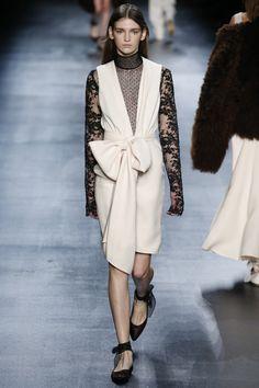 Tome Fall 2016 Ready-to-Wear Collection Photos - Vogue Catwalk Fashion, Fashion Show, Fashion Design, Fashion Trends, Women's Fashion, Copenhagen Fashion Week, 21st Dresses, Couture Collection, Fall 2016