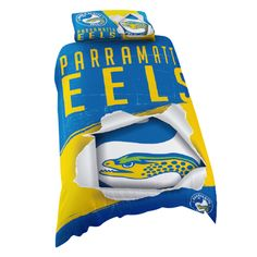 Australia's largest range of Parramatta Eels Licensed Quilt Duvet Doona Bedding Cover Sets. Single Duvet Cover, Quilt Cover Sets, Quilt Bedding, Bed Covers, Rugby, Team Logo, Pillowcases, Logo Design, Quilts
