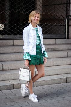 Green Look, white denim jacket, striped shirt, bvlgari bag white serpenti, puma basket heart, green a-line button down leather skirt - outfit, summer, blogger, fashionblogger, streetstyle, hamburg