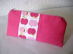beautybag with an apple a day