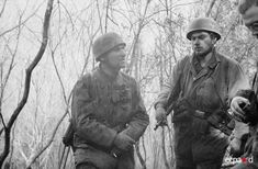 In the sector of Anzio-Nettuno, paratroopers of the 2nd and 3rd battalion of the 11th Parachute Regiment (Fallschirm-Jäger-Regiment 11) entrenched along the Moletta River. Date: February-March 1944 Place: Anzio, Nettuno, Italy