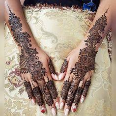 Henna Hand Designs, Henna Tattoo Designs, Pretty Henna Designs, Unique Mehndi Designs, Wedding Mehndi Designs, Beautiful Mehndi Design, Wedding Henna, Design Tattoos, Henna Tattoo Hand