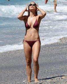 20df5311e5 Michelle Hunziker seen on the beach in Italy  wwceleb  michellehunziker  Italy