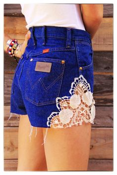 Not high wasted and not that color denim but I love the lace on the side like that.