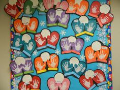 Mitten handprint preschool art - cute winter art activity for at school or at home! Christmas Bulletin Boards, Winter Bulletin Boards, Preschool Bulletin Boards, Classroom Crafts, Classroom Fun, Preschool Crafts, December Bulletin Boards, Winter Fun, Winter Theme