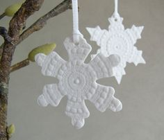 Ceramics by Kim Wallace: // Ceramic Ornaments