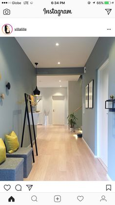 Hallway Colours, Bedroom Wall Colors, House Seasons, Flur Design, Small Apartment Interior, Hallway Inspiration, Hallway Designs, Interior Decorating, Interior Design