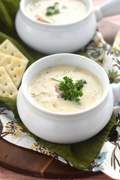 Low Carb Recipes To The Prism Weight Reduction Program This New England Clam Chowder Will Knock Your Socks Off The Perfect Comfort Food For A Cold Night. Clam Chowder Soup, Clam Chowder Recipes, Soup Recipes, Great Recipes, Dinner Recipes, Cooking Recipes, Recipies, Dinner Ideas, Favorite Recipes