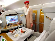 Dubai is infamous for extravagance, larger than life architecture, and top jets for the jet-set. Dubai-owned Emirates Airlines Airbus bi-level jet Emirates Flights, Emirates Cabin Crew, Emirates First Class, Flying First Class, First Class Flights, Aircraft Interiors, Best Airlines, United Airlines, Viajes