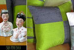 Silk Color Block PIllows-Feng Shui: A Mirror Image Four-Patch. Tutorial: http://sew4home.com/projects/pillows-cushions/782-silk-color-block-pillows-feng-shui-a-mirror-image-four-patch