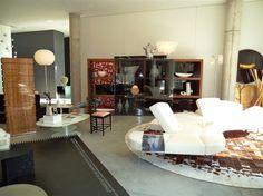 Showroom interior - Pepe Cabrera