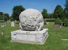 Maplewood Cemetery in New Albany, Ohio